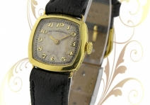 Patek Philippe Vintage Ladies' Watch, Yellow Gold, ca. 1925
